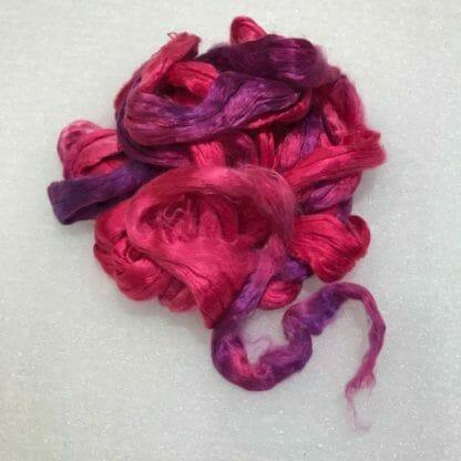 Mulberry silk fibres.